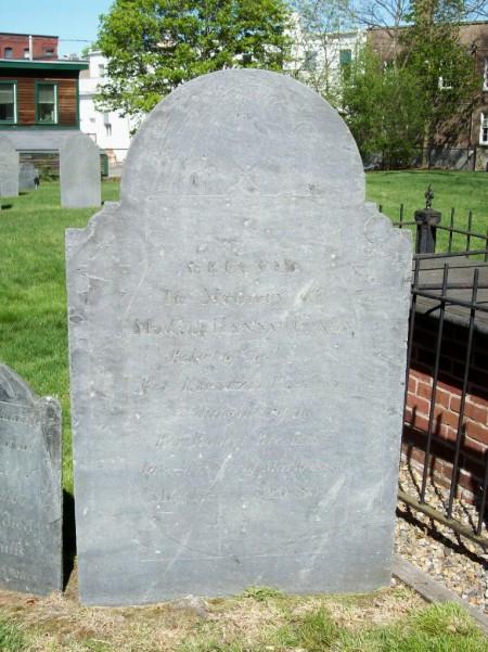 Hannah Breck Parkman wife of Ebenezer Parkman headstone 2.jpg
